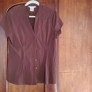 Como large brown short sleeved button down  blouse
